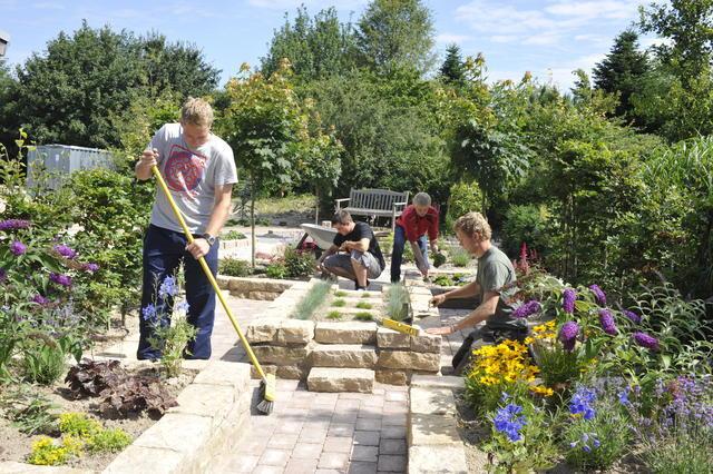 Garten Und Landschaftsbau Braunschweig ausbildung im garten und landschaftsbau berufsinformation